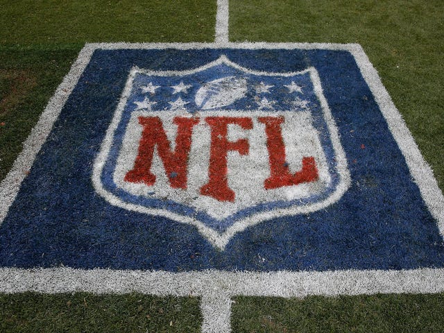 "Former NFL Players Claim League Is Manipulating Concussion Settlement, Say Program Is ""Settlement In Name Only"""