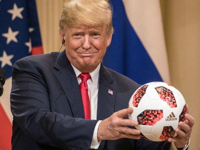 Trump: Oops, intendo l'opposto totale di ciò che ho detto della Russia!