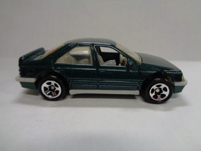FRENCH FRIDAY - PEUGEOT 405 BY HOTWHEELS