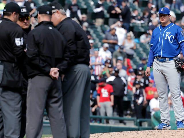 Kaedah-Kaedah Besbol yang Tidak Ditulis adalah The Vestiges Of A Drunk And Violent Sport