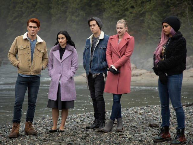 Dark Betty rises again as Riverdale reaches its gassy, foreboding season finale