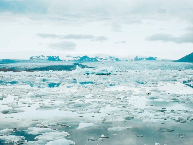 Una fuente desconocida de calor geotérmico está derritiendo las capas de hielo de la Antártida