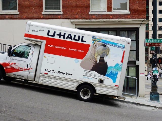 Sinh viên đại học, những người cần chuyển đi ngay bây giờ có thể nhận được 30 ngày lưu trữ U-Haul miễn phí