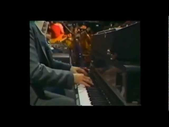 Doobie Brothers -- 'Takin It To The Streets'