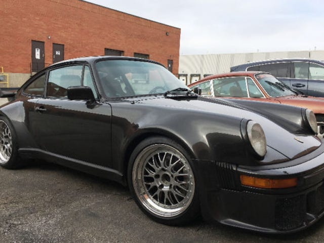 Check out this beautiful Porsche 911 For Sale in my city