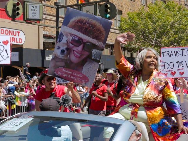 Stonewall Aktivista at Trans Matriarch Miss Major Pagbabalik Mula sa Stroke