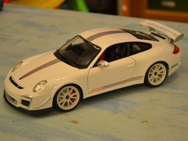 Bburago Porsche 911 (997) GT3 RS 4.0