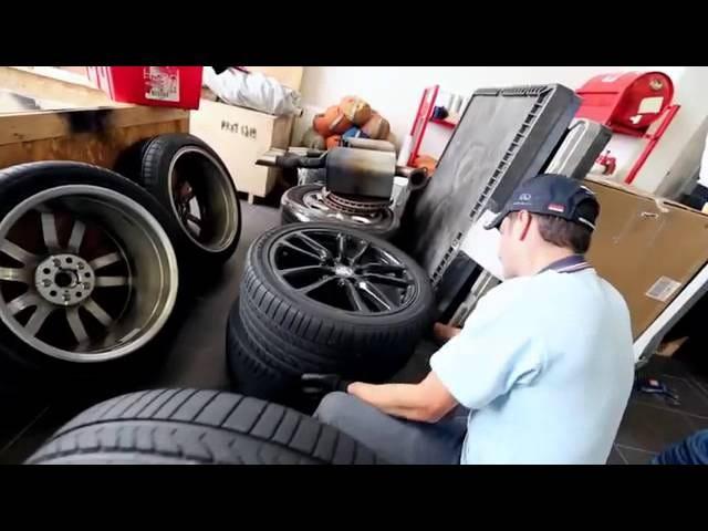 Holden VF Ute Nurburgring Lap