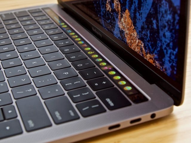 How to Join the Class Action Lawsuit Over Apple's Crappy MacBook Keyboards