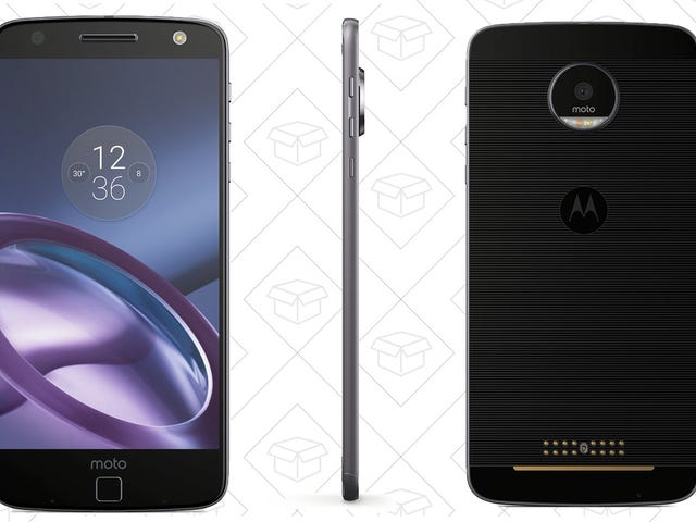 Save $200 On the Moddable Moto Z For Cyber Monday