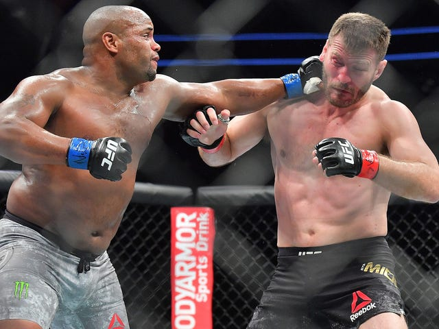 Daniel Cormier Predicted Exactly How He Was Going To Knock Out Stipe Miocic