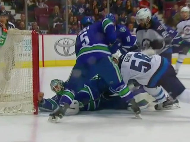 Canucks Goalie Loses His Glove, Makes A Barehanded Save