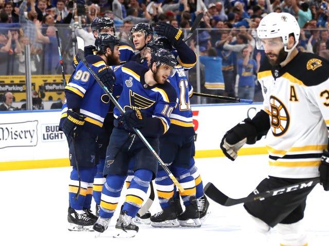 Blues Even Up La finale della Stanley Cup con un'impressionante scuola di Bruins