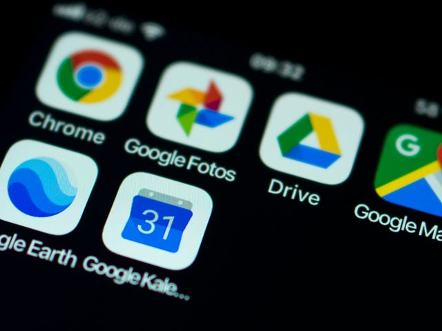 Google, Burned by $5 Billion Fine, Tells Europe That Phone Makers Will Have to Pay to Preload Apps
