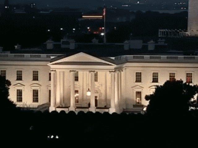 Qué son esas misteriosas luces rojas en las ventanas de la Casa Blanca?