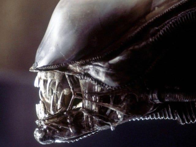 Ridley Scott Thinks Alien Should Be as Big as Star Trek and Star Wars