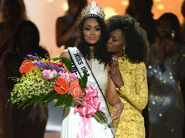 Black Nuclear Chemist Who Isn't a Feminist and Believes Health Care Is a Privilege Crowned Miss USA