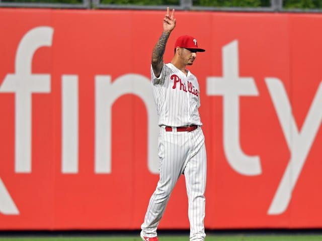 Phillies Pitcher Vince Velasquez était le meilleur joueur de champ gauche du baseball pendant une nuit