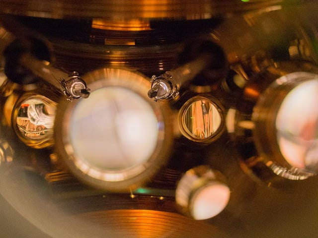 El reloj más preciso del mundo retrasa 1 seg. cada 15.000 mill. de años