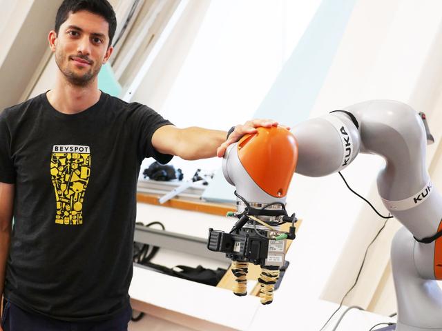 Robot MIT mới có thể xử lý một cách tinh tế các đối tượng chưa từng thấy trước đây