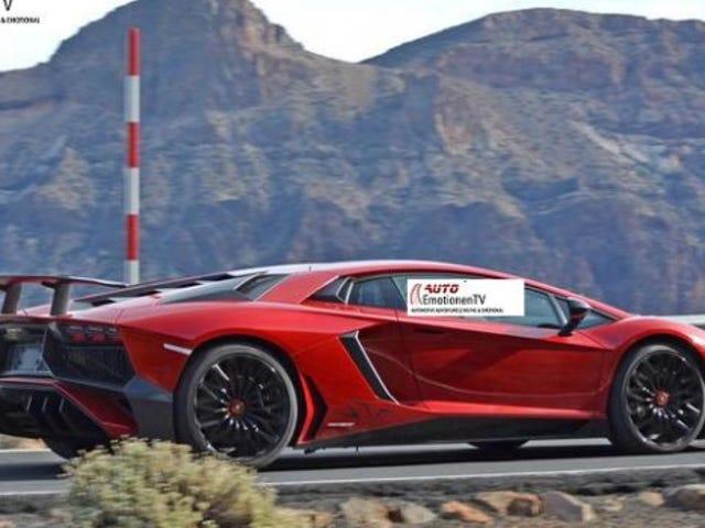 2016/17 Lamborghini Aventador SV: Đây là Nó