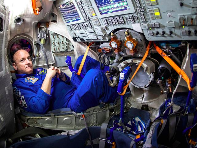 Guarda il lancio storico di oggi per la ISS, Live Right Now!