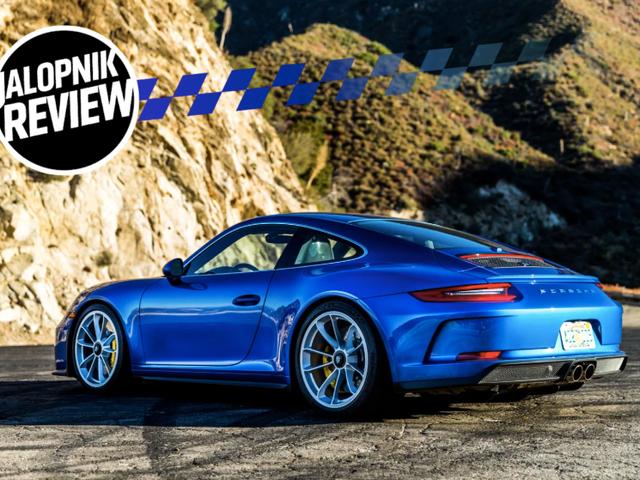 Porsche 911 GT3 Touring 2018 có thể là chiếc xe đường trường tốt nhất mà Porsche từng sản xuất