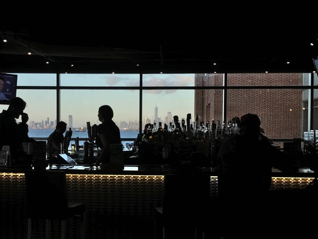 The Best Drink to Order at a Crappy Airport Bar