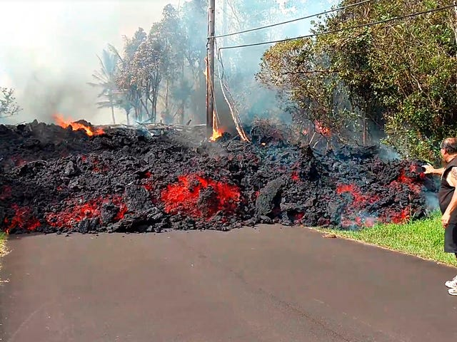 Authorities Warn Hawaii's Kilauea Volcano Could Explosively Erupt, With 17 Fissures Now Reported<em></em>