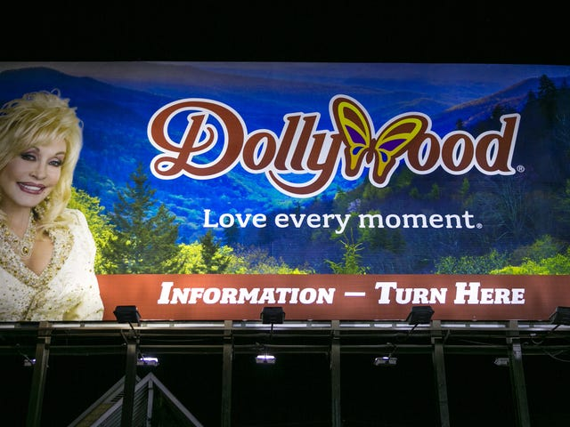 Dollywood Wants You to Know It Also Doesn't Like This Racist Guy From the Neighborhood