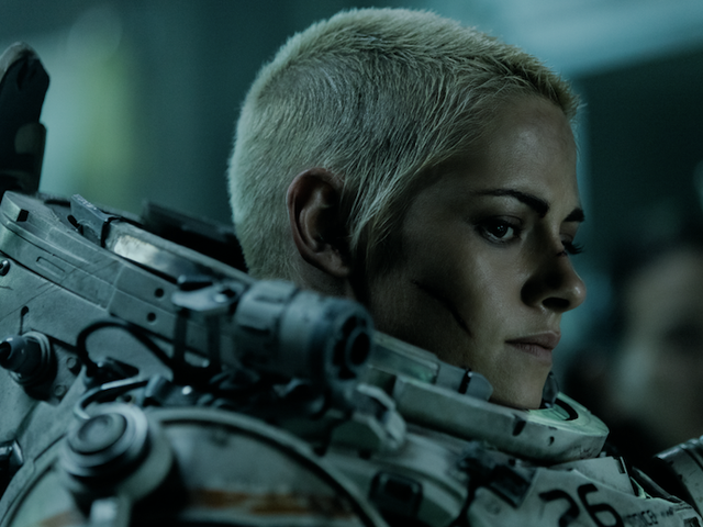 Underwater proves Kristen Stewart is more than ready to be a bonafide action star