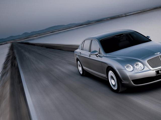 Perché l'inferno sono tutti questi Bentley Continentali così ridicolmente economici?