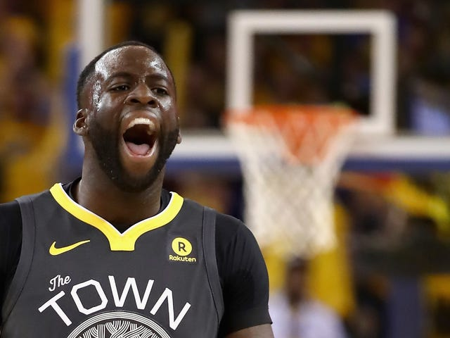 Draymond Green Dares Charles Barkley To Punch Him In The Face