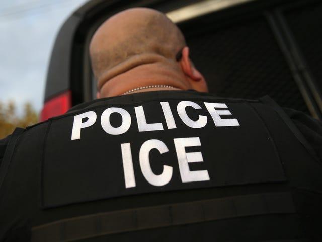 ICE 'Used Due Process as Bait', arrestatie van North Carolina Man Moments nadat hij een kerk voor heiligdommen verliet