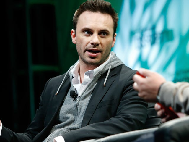 Oculus Co-Founder's Departure Could Mean Bad Things for Facebook VR
