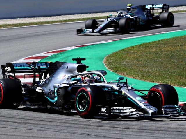 A equipe Mercedes F1 descobriu como invadir uma direção aerodinâmica