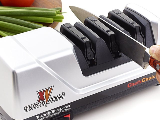 Give Your Kitchen Knives New Life With This Professional Sharpener, Now Cheaper Than Ever
