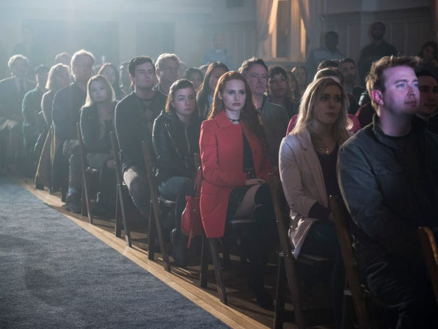 """There's no """"Shadow Of A Doubt""""—the kids of Riverdale aren't alright"""
