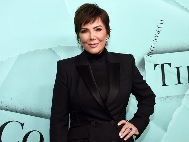 Kris Jenner Reportedly Borrows Clothes From Kim Kardashian, But Why?