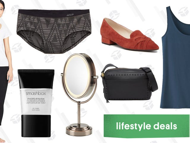 Wednesday's Best Lifestyle Deals: Makeup Mirrors, Uniqlo AIRism, Cole Haan, Smashbox, and More