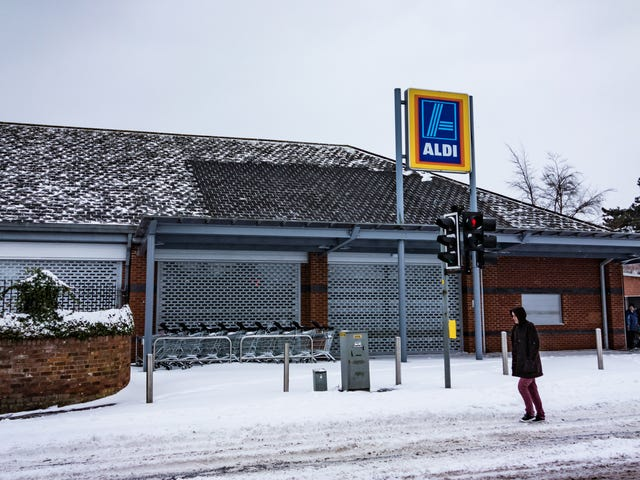 Joy to the world, the Aldi wine advent calendar is coming to the U.S.
