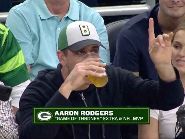 Aaron Rodgers Loses Chugging Contest Among Milwaukee-Area Sportsmen