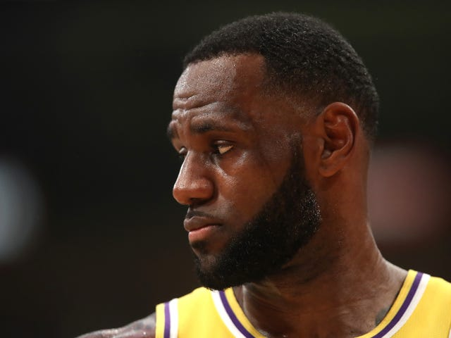 Report: The Lakers Are Giving Up