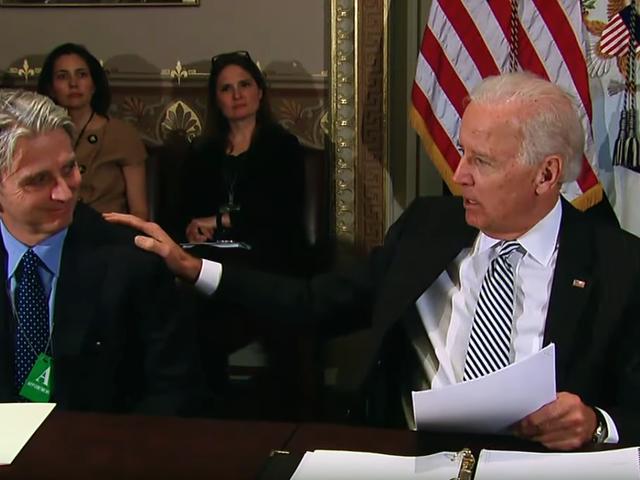 Uopløst mysterium: Hvilken spilbranche exec kaldte Joe Biden bare et 'lille kryb'?