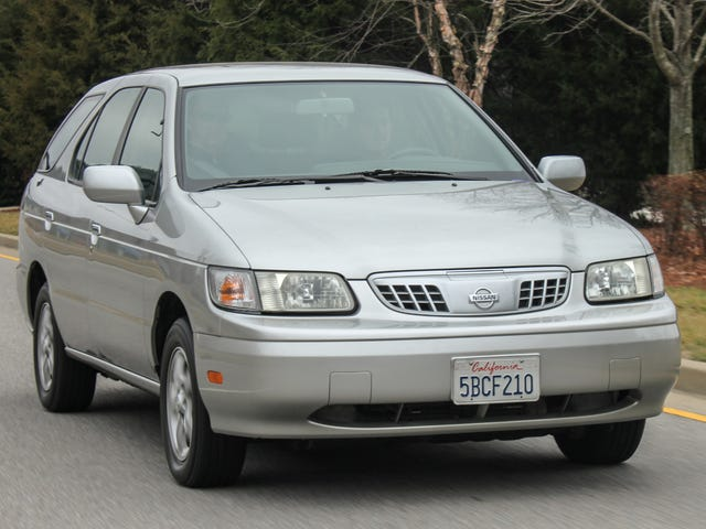 Nissan Designed a Mass-Market Electric Car in 1998. Here's Why You've Never Heard of It