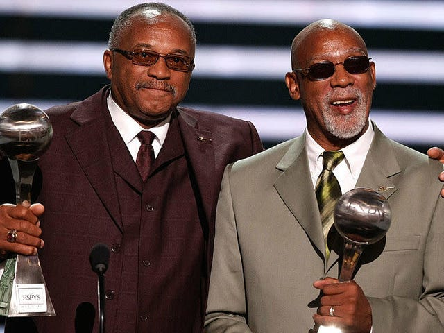 Olympics to Finally Give Sprinters Tommie Smith and John Carlos Their Props by Inducting Them Into Hall of Fame