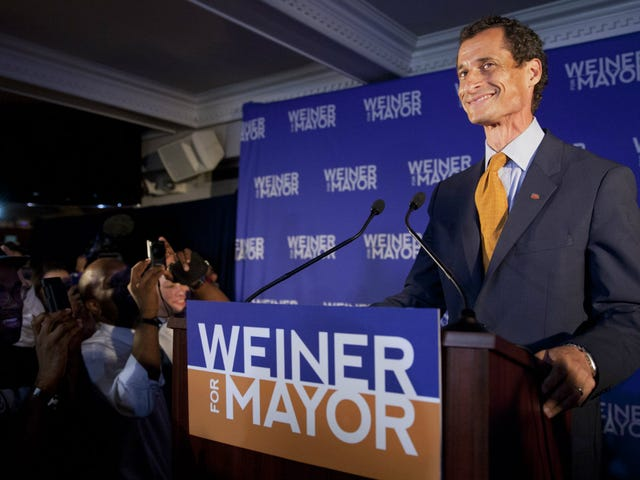 Daily Mail Claims Anthony Weiner Also Sexted 15-Year-Old Girl, Knowing She Was 15