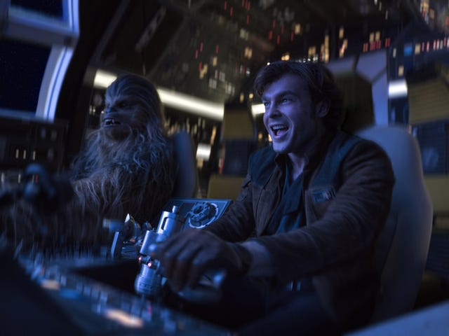 The First Reactions to Solo: A Star Wars Story Are (Mostly) Very, Very Good