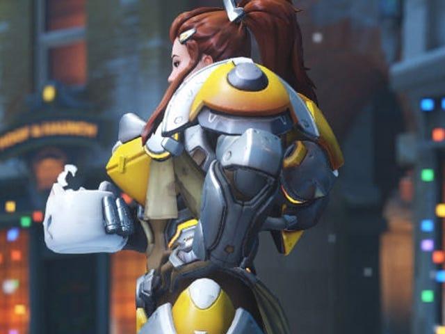"""Ang Jetpack Cat ay sa wakas sa Overwatch ... uri ng.  Mga manlalaro kamakailan natuklasan na, bilang bahagi ng isang Brigitte """"toast"""" emote na dumating ..."""