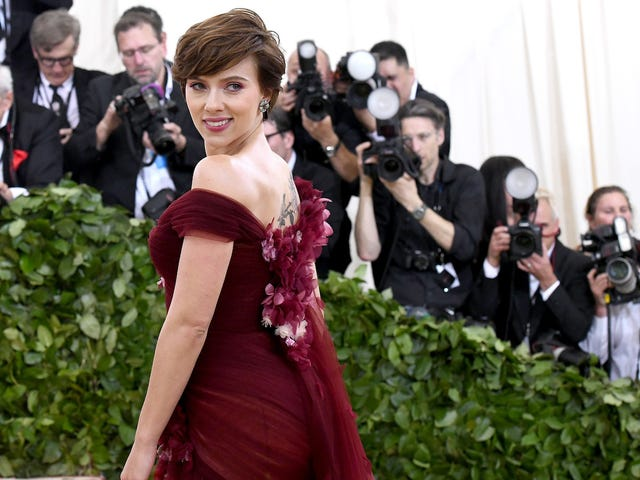 Scarlett Johansson Wore Marchesa to the Met Ball But Everyone Wants You to Know She's Fine!!!<em></em>
